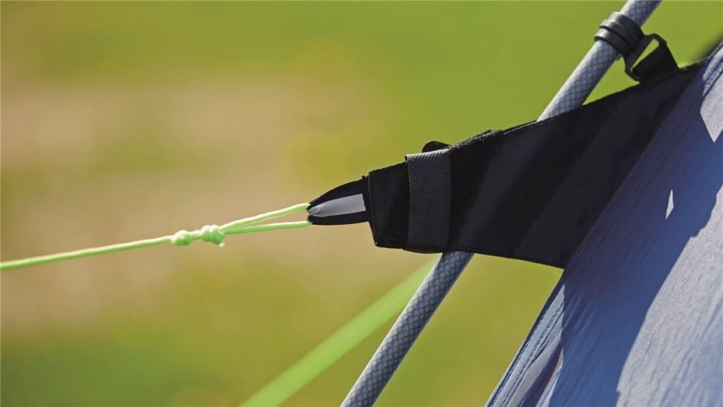 Tent poles from fiber glass of the Outwell Nevada 4